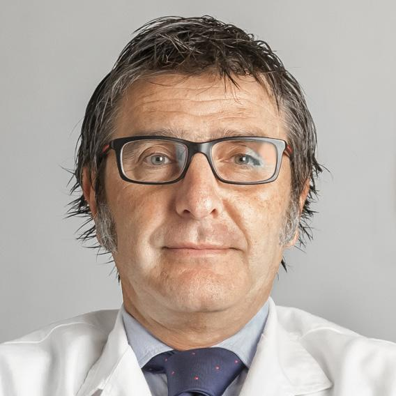Dr. Alberto Villarrubia, Córnea Cirugía Refractiva Innova Ocular La Arruzafa (Córdoba)