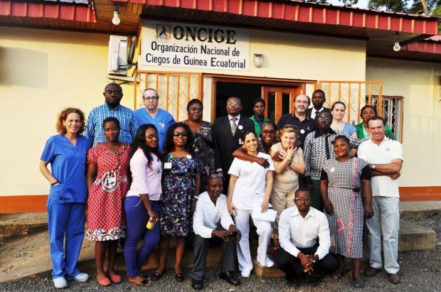2015 11 24 Los integrantes de la expedición de Fundación La Arruzafa, antes de regresar de Malabo (Guinea Ecuatorial)