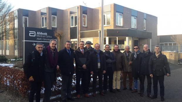 2016 02 02 Directores médicos de Innova Ocular  y representantes de AMO en Abbott Medical Optics Groningen