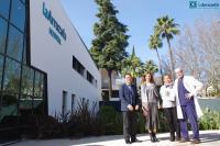 El complejo sanitario La Arruzafa rubrica su compromiso para difundir el Año Jubilar de Caravaca de la Cruz